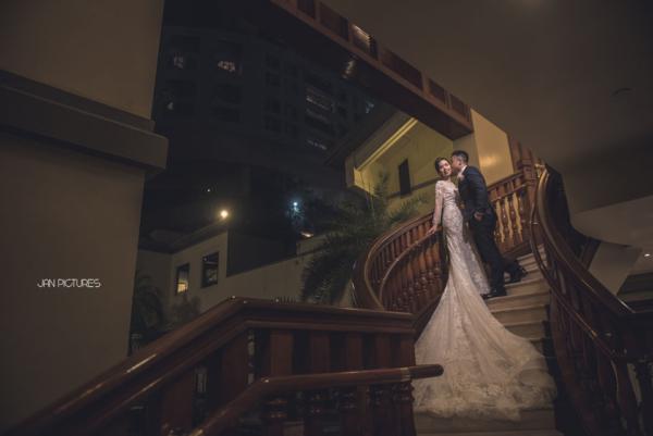 Indoor wedding day pictures hong kong