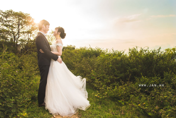 Wedding day outdoor photography in HK